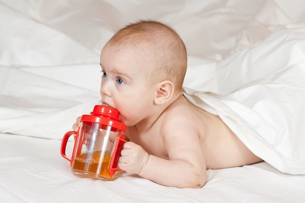 sippy cup with straw
